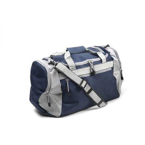 Sportska torba s raznim džepovima