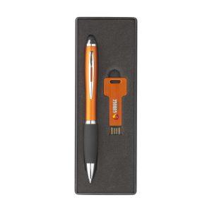 USB stick 8GB kemijska sa touch funkcijom u poklon kutiji